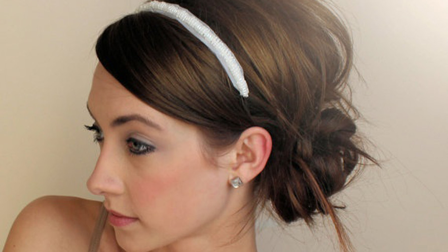 messy bun with head band for school