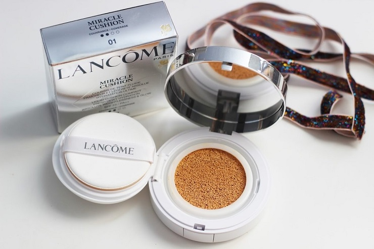 Кушон Lancôme: Miracle Cushion SPF 23