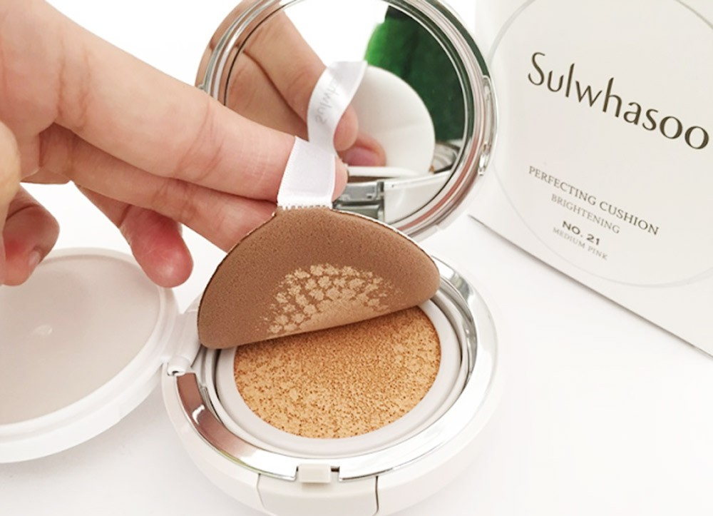 Кушон Sulwhasoo Cushion Foundation